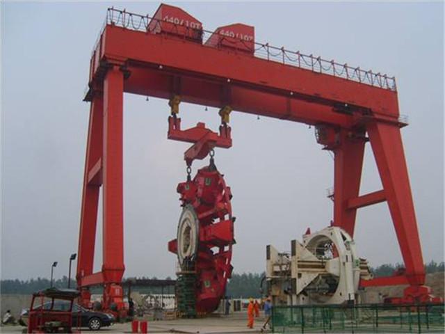 Price double gantry crane